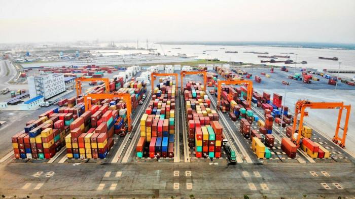Hàng container qua cảng biển Việt Nam tiếp đà tăng ấn tượng